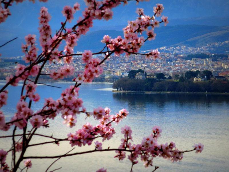 Ιωάννινα Άνοιξη Θέα Λίμνης