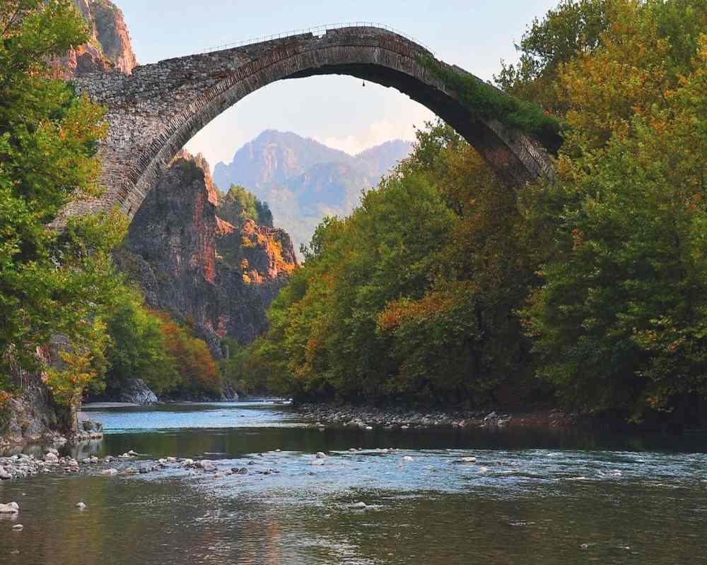 Κόνιτσα μονότοξο γεφύρι Ήπειρος