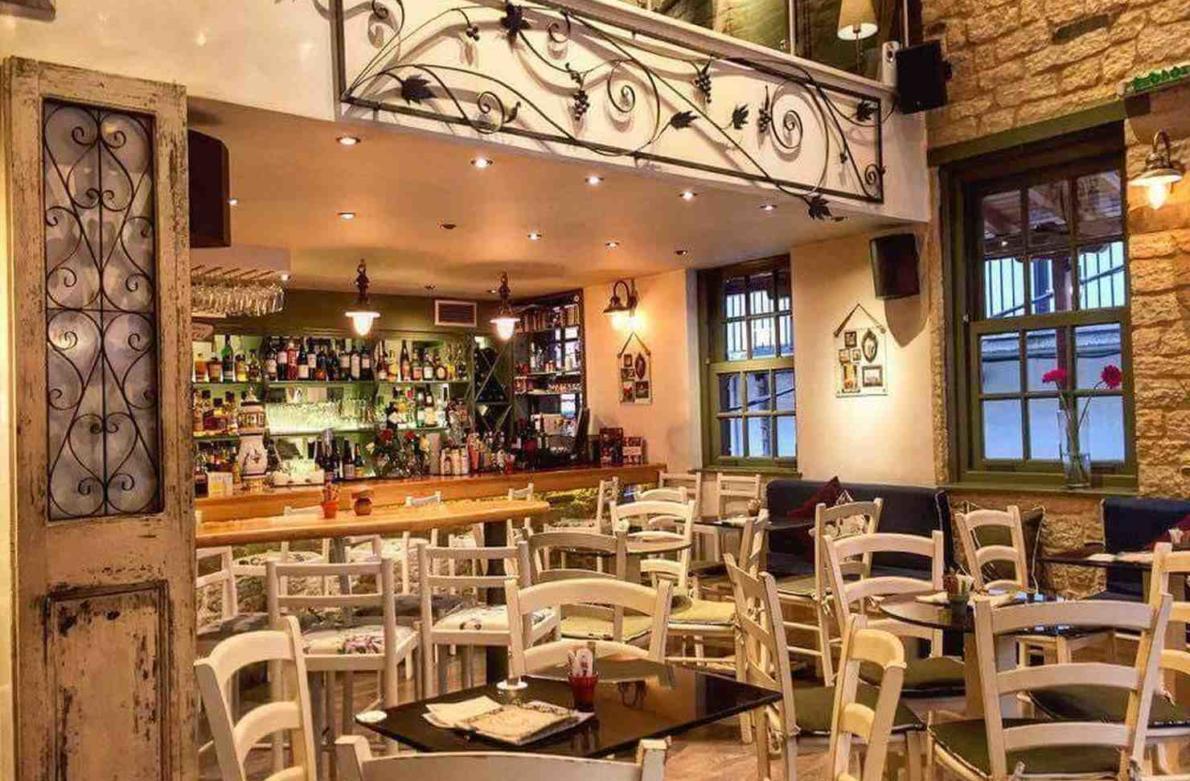 Κρήνη cafe bar metsovo