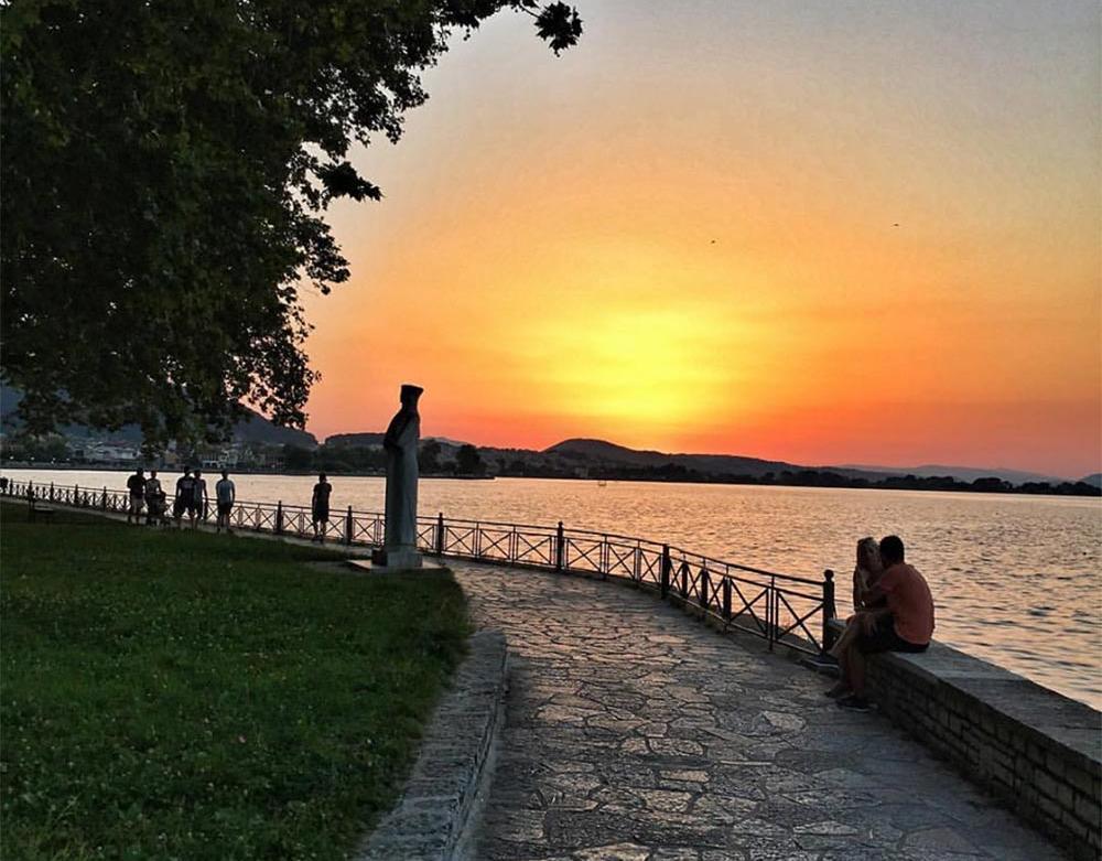 Λίμνη Ιωάνννινα Ηλιοβασίλεμα